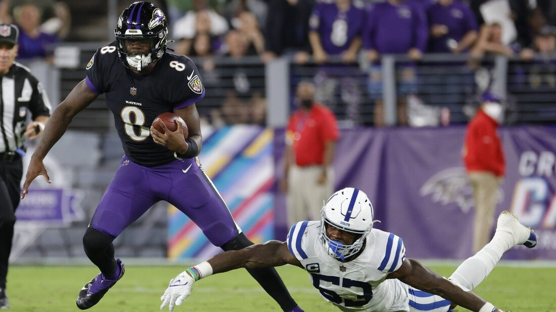 Duel of star QBs highlights high-powered Chargers-Ravens matchup